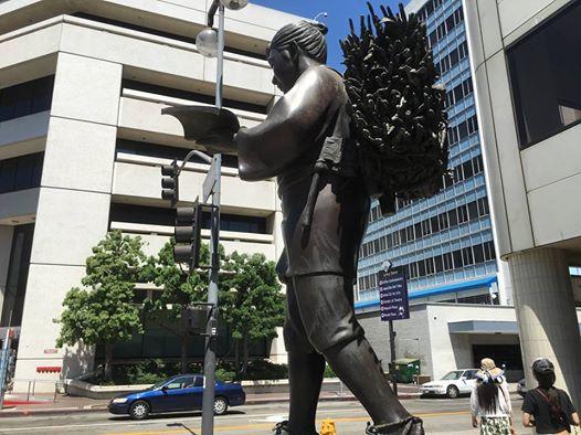 박정희 지게 동상은 표절이 아니라 폭력의 은폐